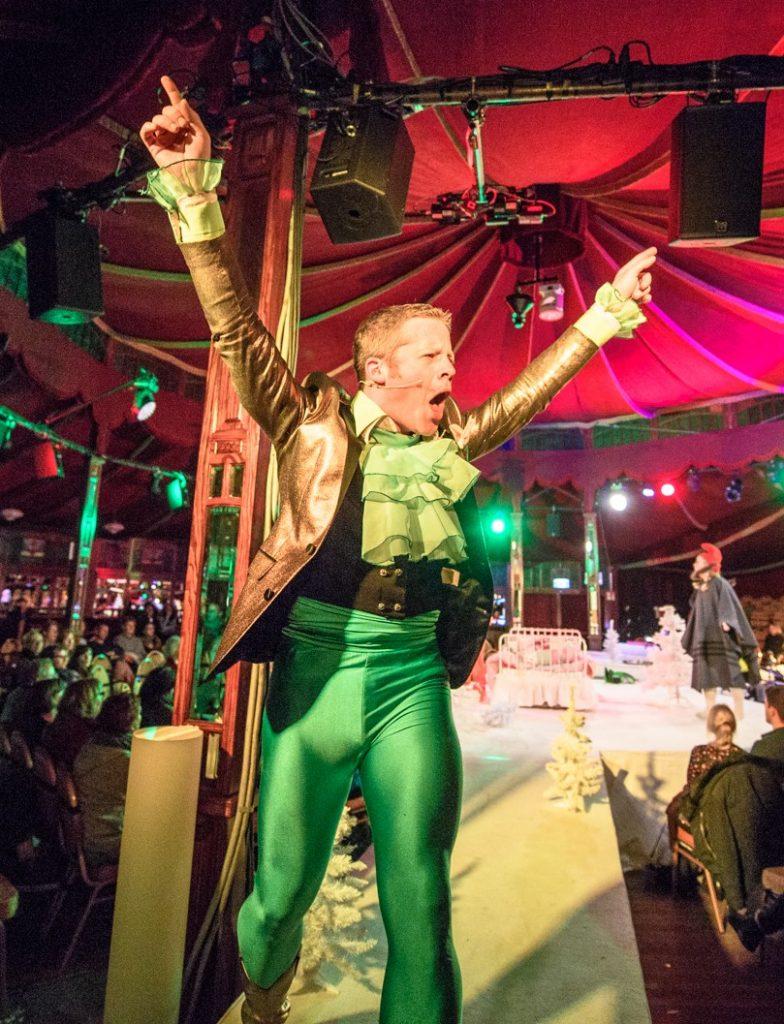 Hänsel, Gretel, Frosch & Wolf - Wintertheater 2016 im Spiegelzelt in Braunschweig am 18.November 2016. Foto: Rüdiger Knuth